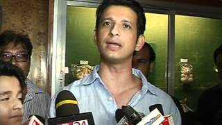 Ferrari Ki Sawaari - Bollywood World - Sharman Joshi Promotes Ferrari Ki Sawaari - Latest Bollywood News