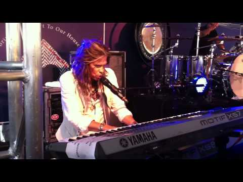 Aerosmith (Steven Tyler, Joe Perry) 3.10.13 Dream On - Varvatos for Stuart house