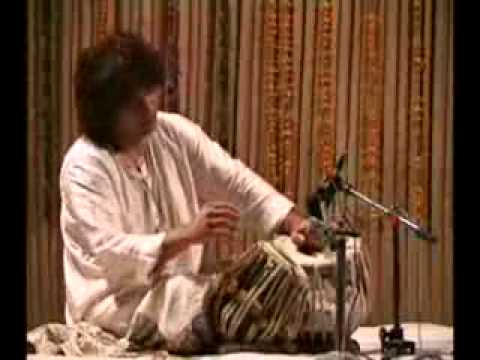 A great jugalbandi -Zakir hussain with Shivkumar Sharma
