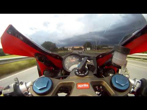 Aprilia RS 125 On Board - Quarto Oggiaro Tour   Go Pro Hero 2