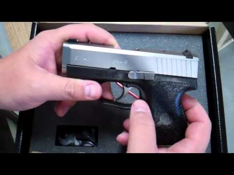 Kahr CM40 Review @ Trigger Happy