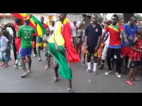 Des supporters du syli national de Guinée en fête à Conakry