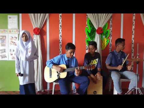 Menahan Rindu - Wanny Hasrita cover by Azra versi akustik