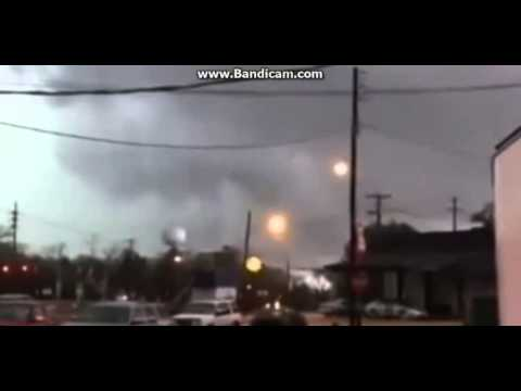 Devastating tornado rips through south Mississippi; 4...