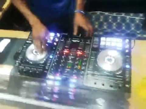 Huyu ndo DJ mkali KESSY BEYBE kutoka VOT FM TABORA