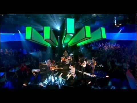CSS - Alala (Later with Jools Holland) [lyrics/legendado]