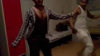 HORI BOL SONG RAHIN DANCE