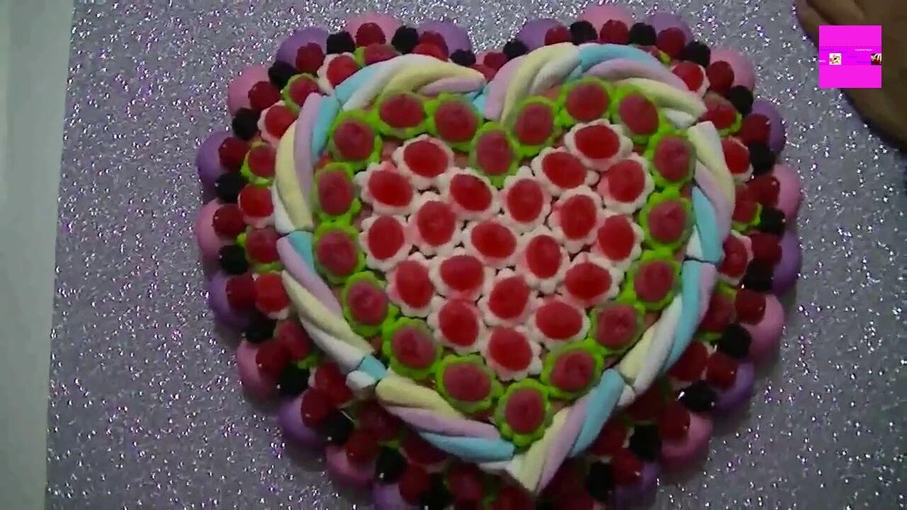 Como hacer una tarta de chuches youtube - Como hacer figuras con chuches ...