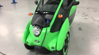 Hands on with Toyota iRoad - A car / motorcycle hybrid