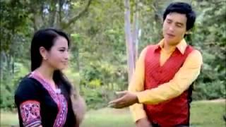 hmong new song 2014 tsom xyooj (hluas nkauj hmoob nplog)