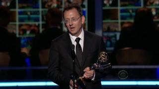 Video de Michael Emerson de Lost ganando el premio Emmy 2009