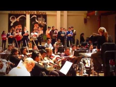 Ensayando la Novena de Beethoven - Sinfónica de Loja