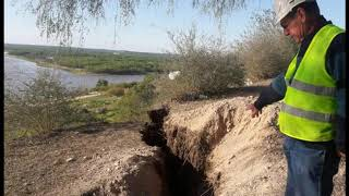 Huge Crack Opens Up In Argentina, Threatening to Swallow Entire Town