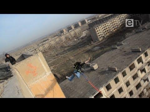 Роуп-джампинг: прыжки с девятиэтажки в Сарани