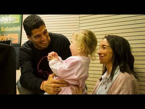 Luis Suárez shows his caring side