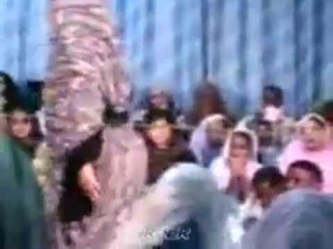رقص و ابداع من فتاة صحراوية thumbnail