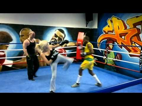 Female Boxing in ring with man - USF Boxe Française Savate - Mixed Boxing - Woman - Girl fight Image 1