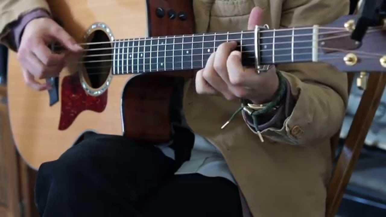 SWEATER WEATHER COVER - FINGERSTYLE GUITAR - MICHAEL FOREIT - YouTube