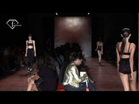 FashionTV - FTV.com - SAO PAULO Fashion Week Fall-Winter 10-11 - ROSA CHA SWIMWEAR SHOW