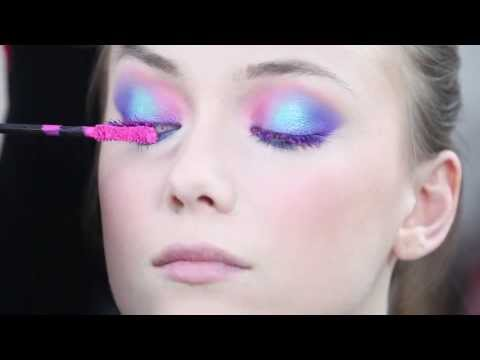 Tutorial Make Up Mascara Vamp! fluo e pigmenti | Pupa Make Up School