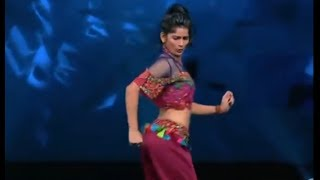 Dance + 4 Vartika Jha Dance On Dola Re