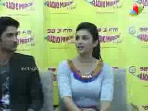 Parineeti, Sushant, Vaani Kapoor At Radio Mirchi | Bollywood Movie | Shuddh Desi Romance, Title Song