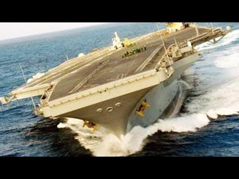 Amazing Aircraft Carrier High Speed Turns - Drifting US Aircraft Carrier Evasive Action Maneuver