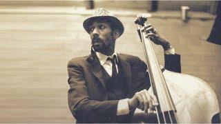 Jazz Bass Backing Jam Track | Medium Swing 2-5-1-6 (G)