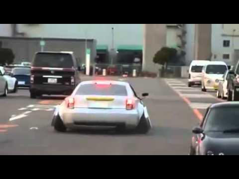 O carro mais rebaixado do mundo!!!