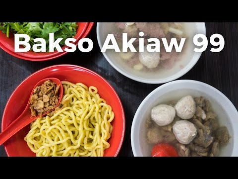 Beef Meatballs and Noodles at Bakso Akiaw 99