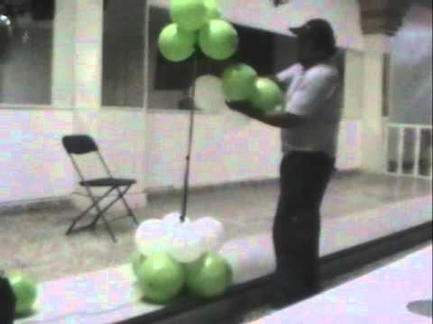 decoracion con globos  CORAZON CON LUZ