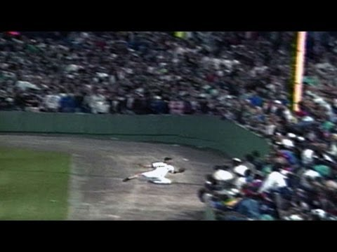 10/3/90: Tom Brunansky's game saving catch down the right-field line clinches the AL East for the Red Sox on the final day of the season Check out http://MLB...