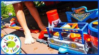 Cars for Kids | HOT WHEELS MEGA CAR WASH! Color Change Playset!