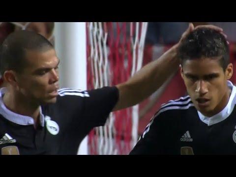 Rafael Varane vs  Sevilla 02 05 2015