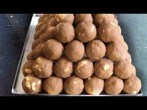 Minapa Sunnundalu - Urad Dal Ladoo | Tasty Minapa Laddu in Andhra Style