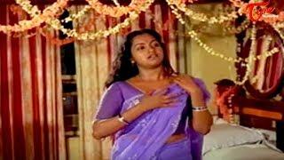 Radhika wants romance with Chiranjeevi