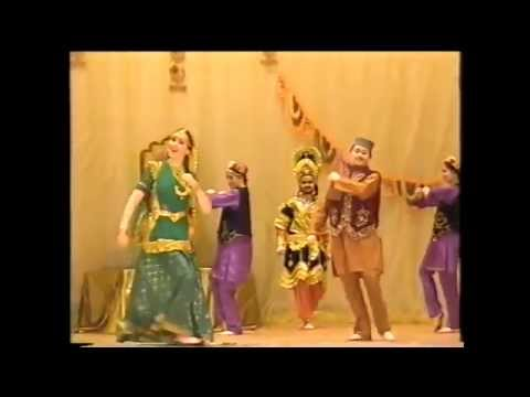 Main sasural nahi jaungi Indian dance group Mayuri Russia