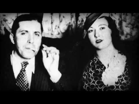 Carlos Gardel - A La Luz Del Candil 1927