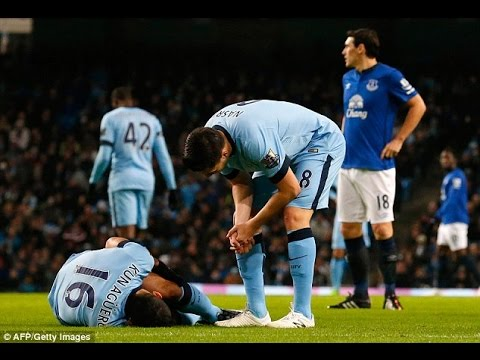 Sergio Aguero's injury blow may hand Chelsea the title...