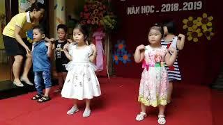 Bé múa hát đón chào năm học mới 2018 - 2019