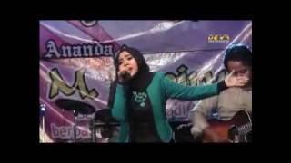 Download Lagu Lagu religi ini sangat menyentuh - Astaghfirullah - Wafiq Azizah Gratis STAFABAND