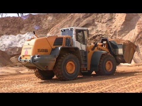 Liebherr L586 Wheelloader Working In A Gravel Pit