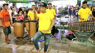 download lagu JURAGAN EMPANG - Angklung Malioboro CAREHAL Pengamen Kreatif Jogja gratis