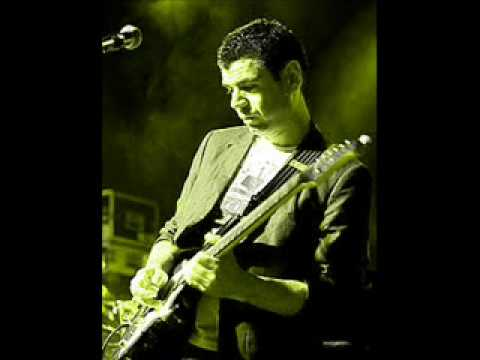 JOHN MITCHELL (Arena..) -The visitor (guitar solo) .wmv