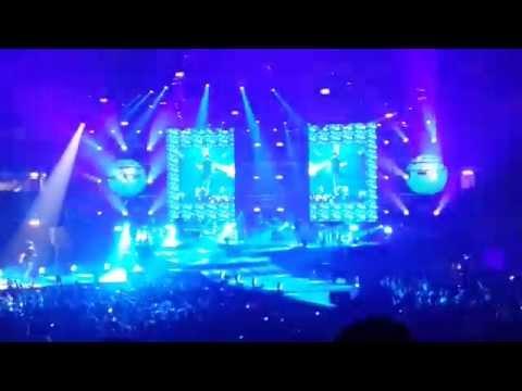 """Cesare Cremonini Grey Goose Live a Livorno """"Data Zero"""" del Logico Tour"""