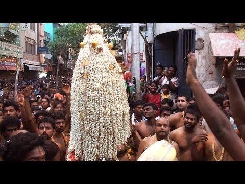 Bangalore Karaga 2014 - Crowd As You've Never Seen Before video