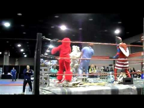 MTAC 2012 Dusto Bunny returns (Kaiju Big Battel)