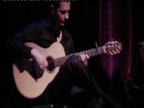 Nino Mekouar en concert