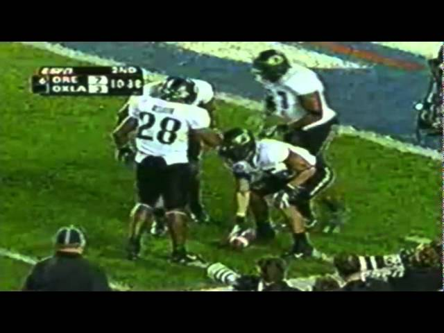 Oregon punter Matt Dragich 57 yard punt vs. Oklahoma 12-29-2005
