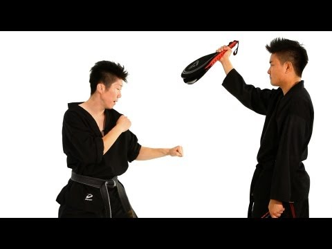 Taekwondo Step Behind Technique | Taekwondo Training Image 1